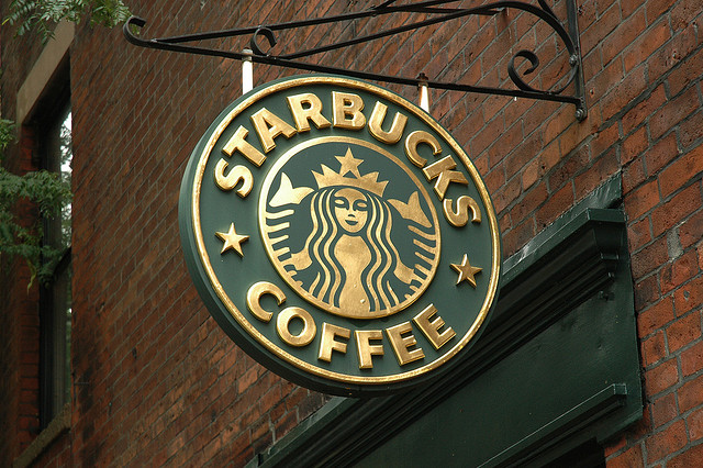 UK Starbucks customers finally get iPhone app payments in January
