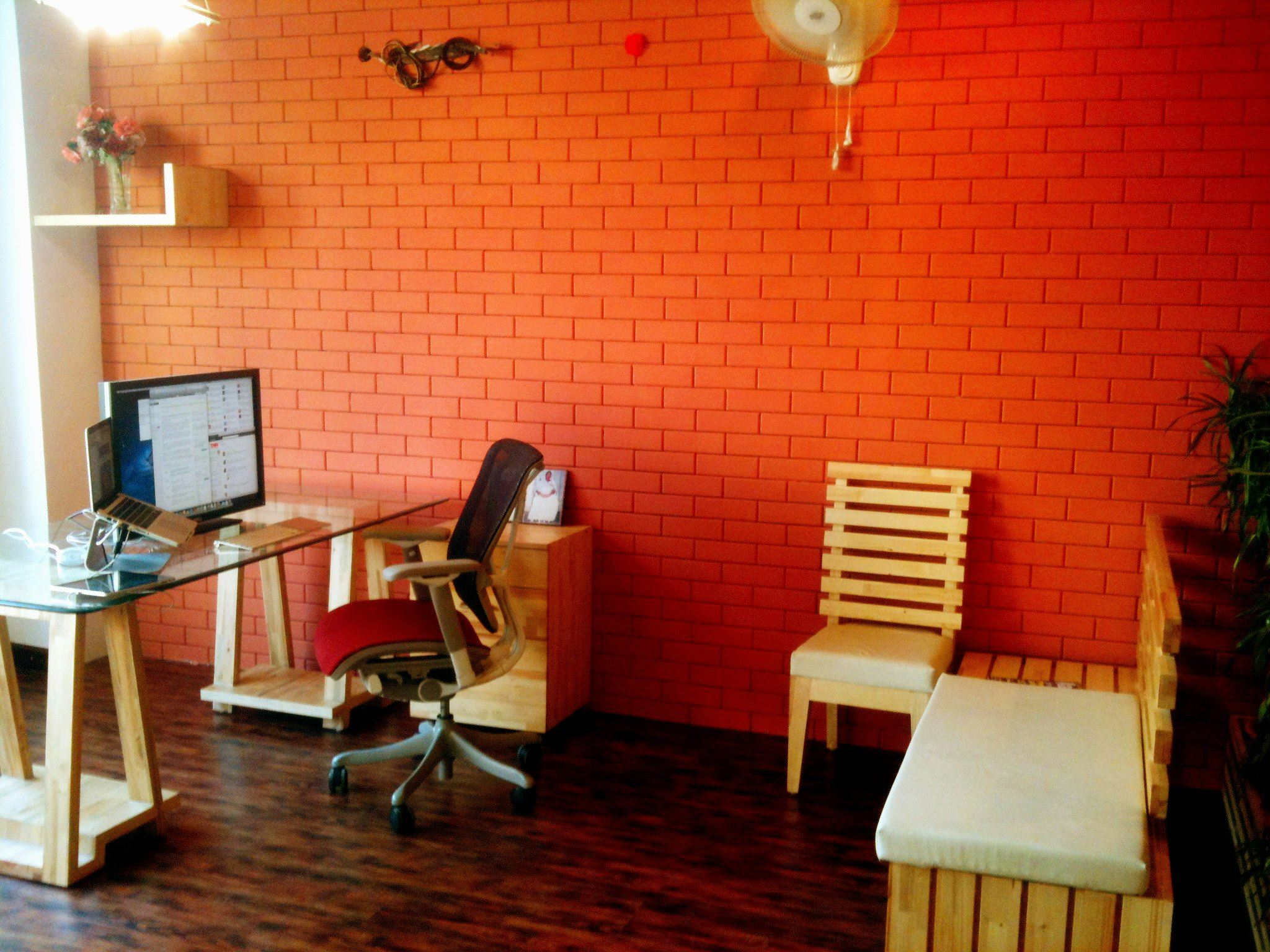 Check out the new office of TNW's India Editor. The rest of the team is very jealous…