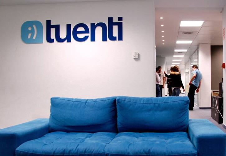 Spanish social network Tuenti takes advantage of Netflix's delays to launch film rental service ...
