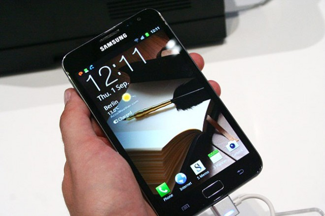 Samsung: We have 'high hopes' on beating smartphone sales estimates in 2011
