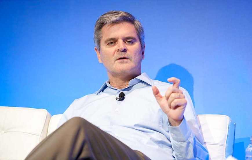 AOL's Steve Case invests in health graph startup RunKeeper