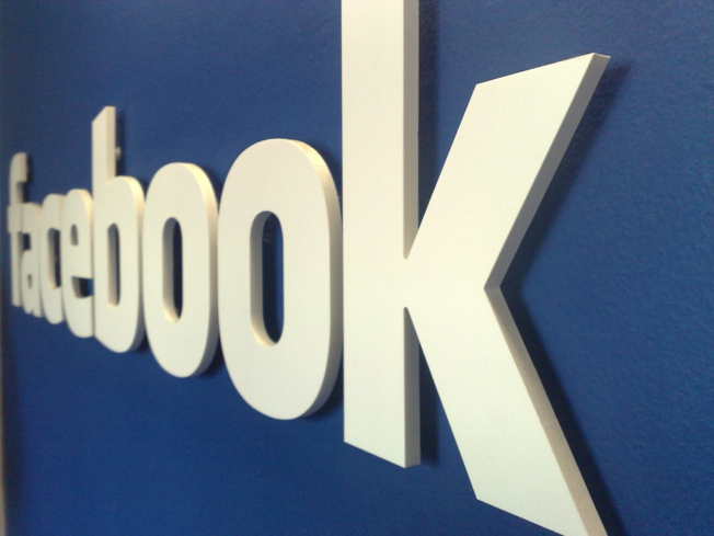 Facebook friends MediaTek to embed its social network in millions of featurephones