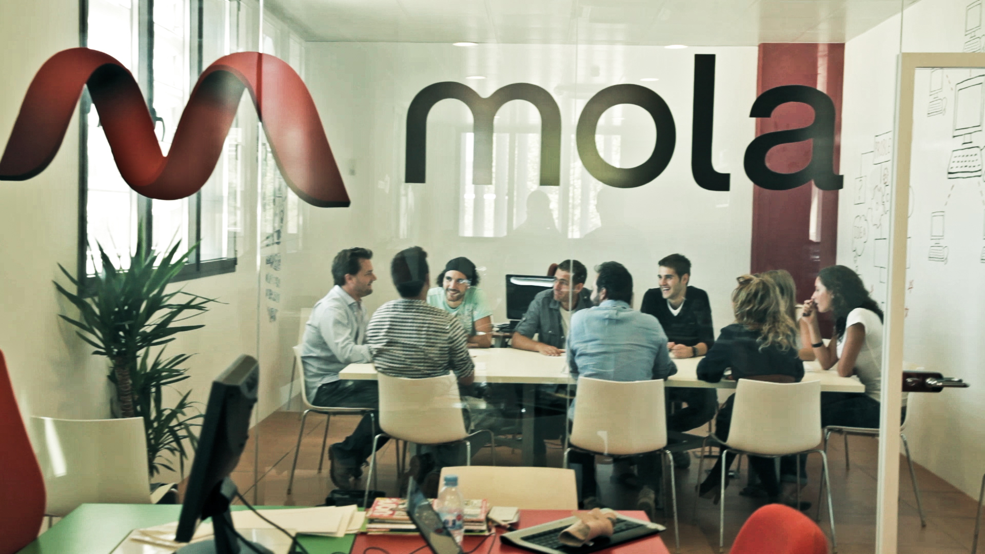 Emtrics and five other startups receive a combined $252k from Spanish accelerator Mola