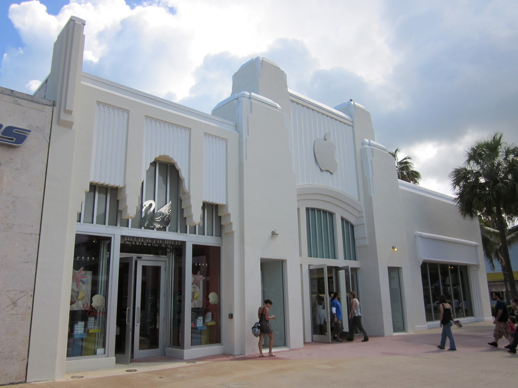 Miami Beach Apple store build-out blocked due to historical concerns