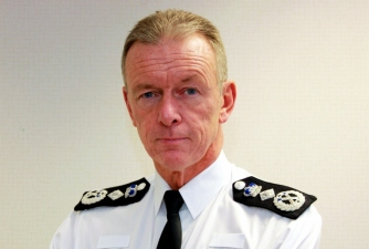 PoliceChief UK Met. Police Chief enters live Twitter Q&A