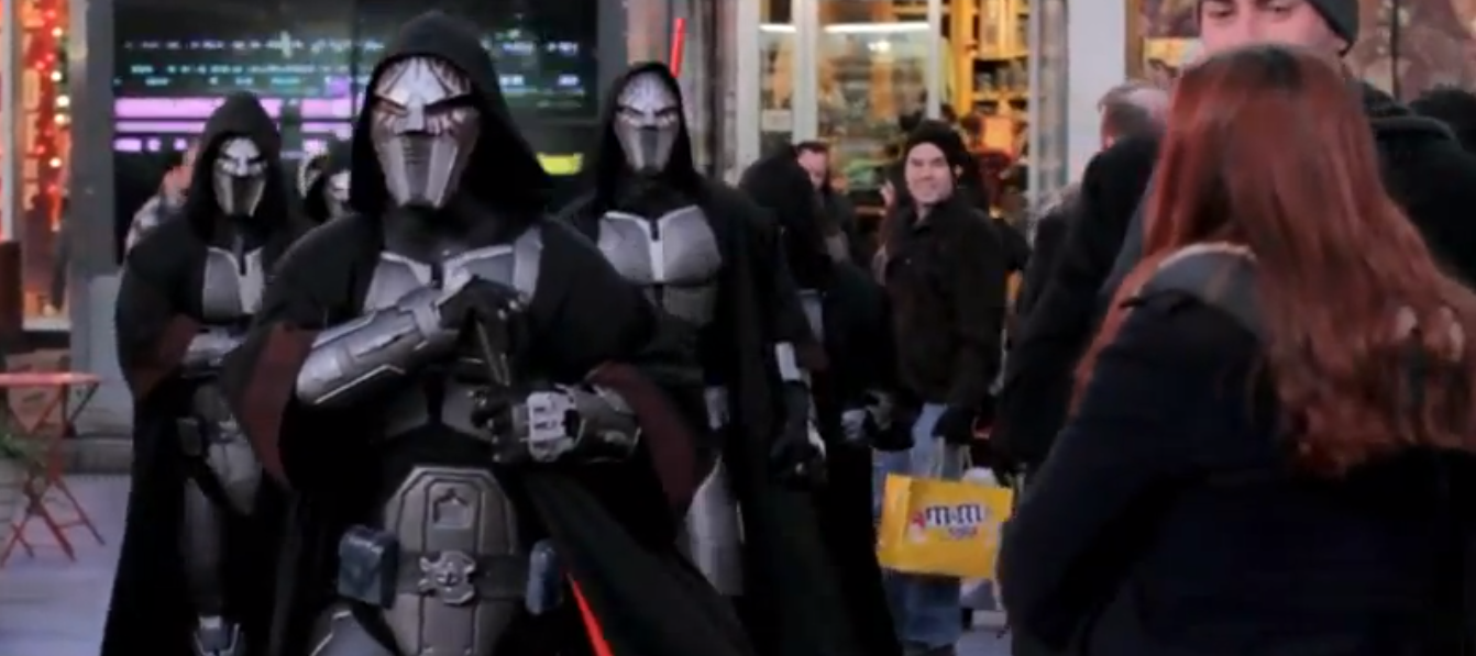 Check out this Star Wars Flash Mob in Times Square