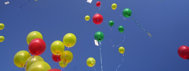 HP is sending your Twitter wishes for 2012 into the air on floating balloons