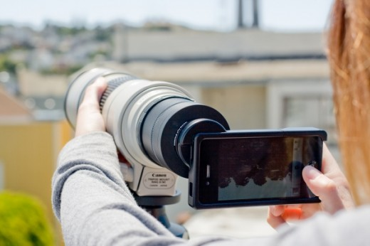 iphone slr mount 520x346 Did Apple redefine photography with the iPhone?