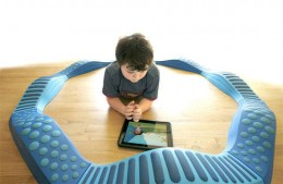 leo ipad2 260x169 In 2011: How the Internet Revolutionized Education
