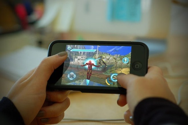 Free-to-play mobile gaming is booming worldwide [Infographic]