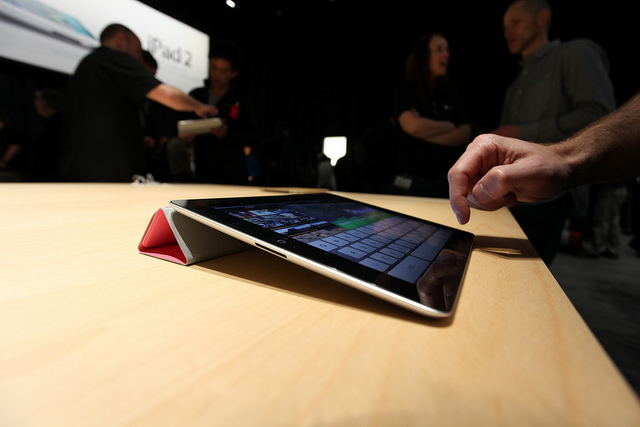 Apple accused of witholding $6.3 million 'copy tax' from French iPad sales