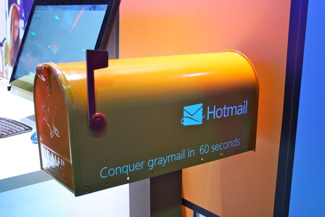 Gmail closes in on Hotmail with 350 MM active users