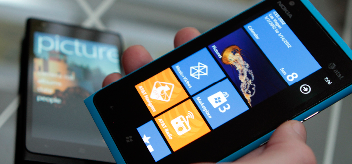 First hands-on look at the Nokia Lumia 900 [video]