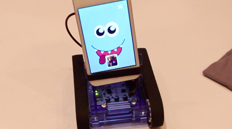 If you like robots and creators that love what they do, check out Romo [Video]
