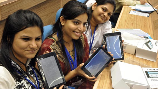 India's tablet space heats up as $140 educational device set for launch