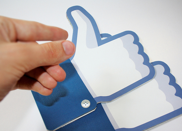 "Facebook begins full Timeline rollout, will be available to all ""over the next few weeks"" ..."