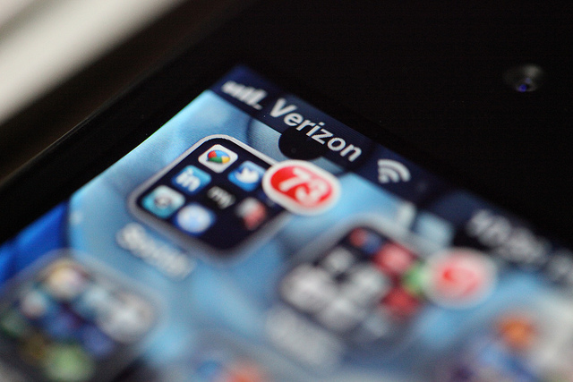 Verizon gets sick of iPhone cybersquatters, moves to claim 10 domains