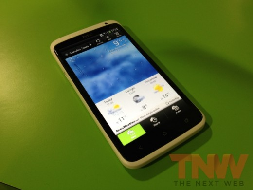 IMG 1873wtmk 520x390 Hands on with HTCs new One series smartphone lineup [Photos]