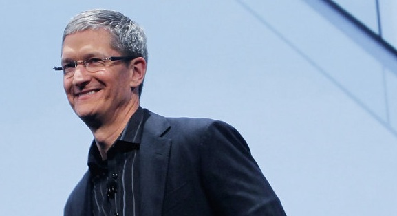 Tim Cook defends choice of John Browett as Apple retail chief in a personal email