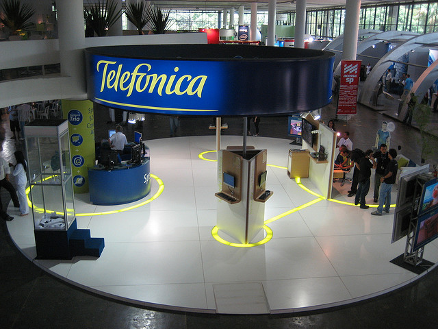 Telefónica eyes the fast-growing mobile markets in Brazil and Chile with plans for LTE services