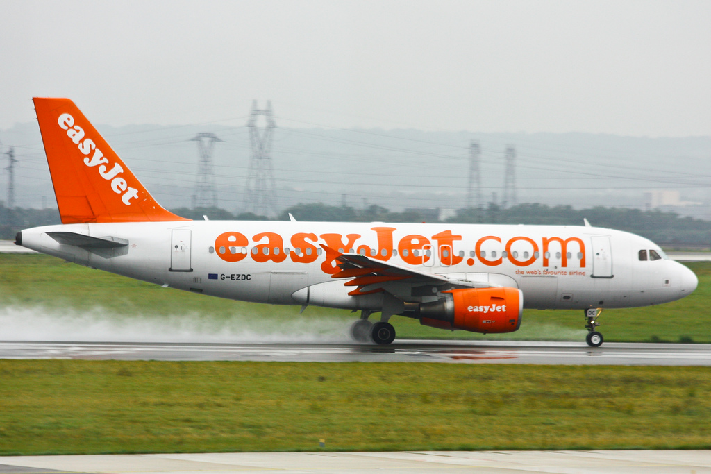 Maxroam takes flight, partners with EasyJet to offer low-cost tariffs to travellers