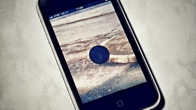 Edit App is a visual reader for browsing news & publishing stories right to your blog