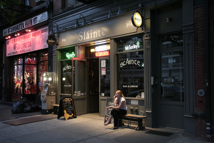 NYC Freelancers are ditching coffee for beer and pubs packing WiFi