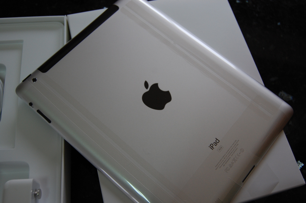 Apple suffers China blow as local court enforces iPad sales ban, others may follow