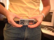 users new 2 1551382572 220x165 Why yes, this belt buckle really is a Nintendo controller