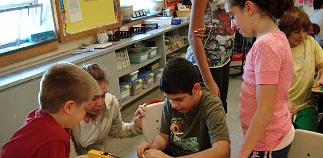 Tufts University uses LEGOs, robotics & musical instruments to get kids excited about tech