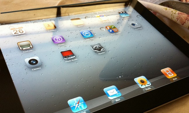 The iPad 2 won't die: Will live on for $399