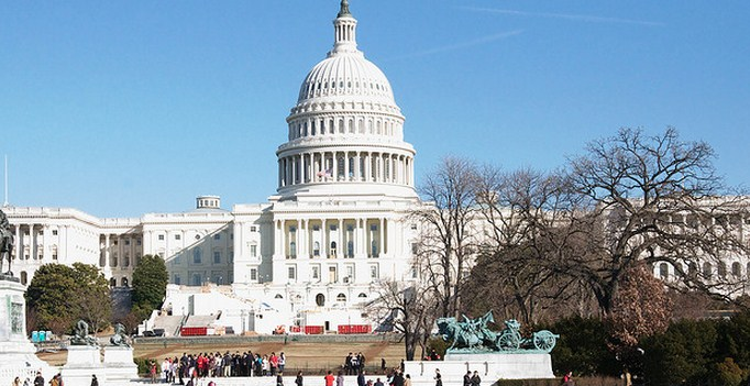 US Senate votes 76-22 to limit debate on JOBS Act, move bill forward