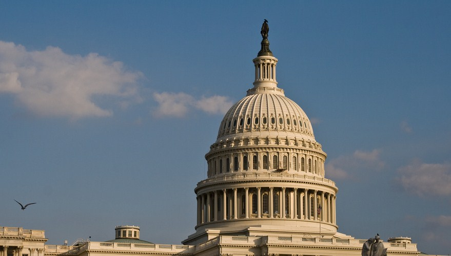 US House votes to limit the FCC's ability to control communications mergers