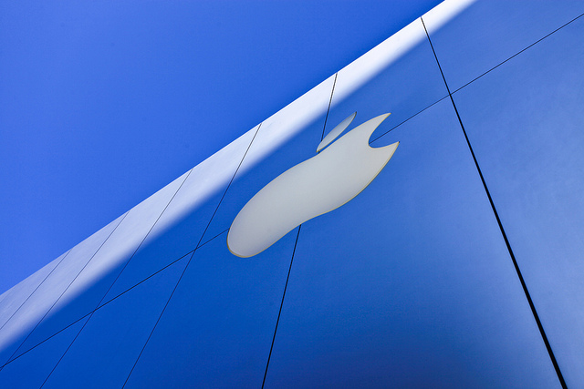 Citing future LTE iPhone, Morgan Stanley increases Apple share price target by 40% to $720