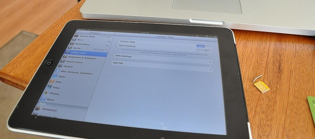 The Verizon iPad has an unlocked micro-SIM slot that can be used with AT&T 3G networks