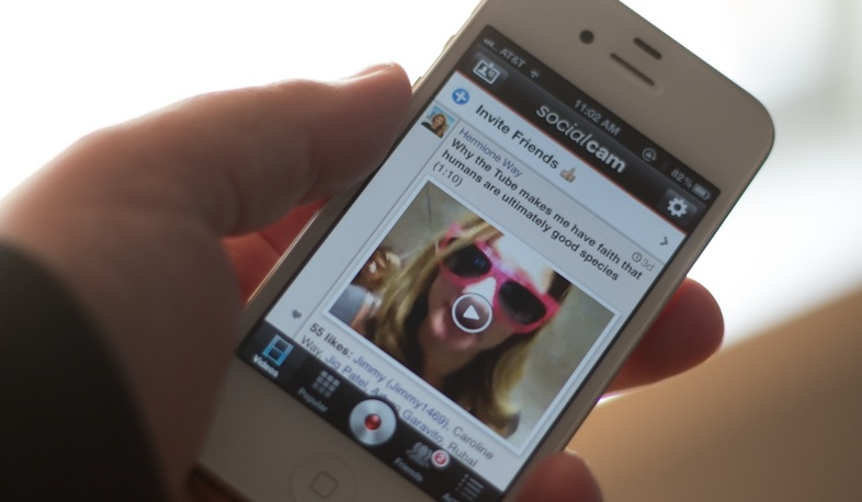Socialcam 4.0 applies themes and soundtracks to video in seconds to become the Polaroid of video