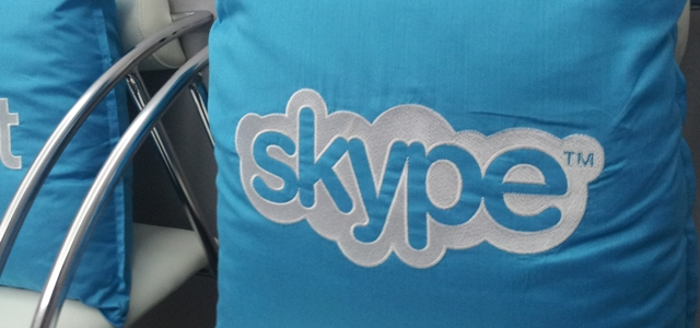 Skype 4.1 lands on Linux, letting users sign in with their Microsoft account and instant message friends ...