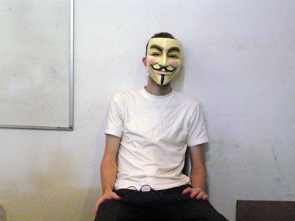 'Sabu' continued to support hacking efforts while he assisted the FBI, says LulzSec member ...