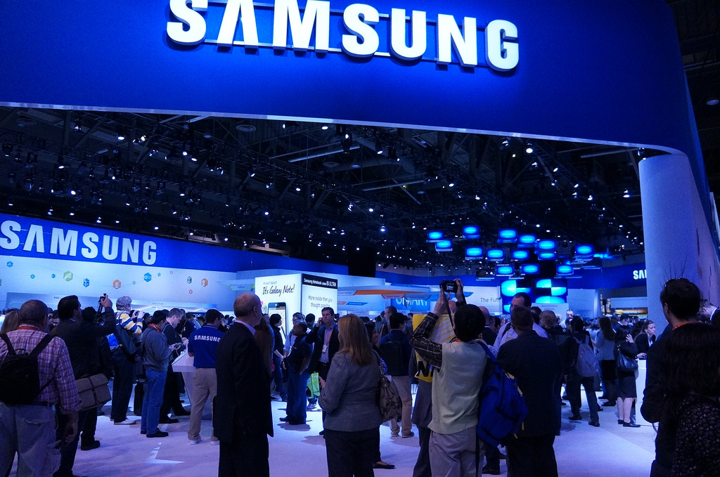 Samsung grabs record 26% mobile market share, after shipping 93m devices in Q2 2012