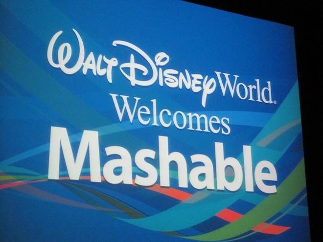 CNN to buy social media blog Mashable for $200 million+, a 'little bird' tells Reuters reporter ...