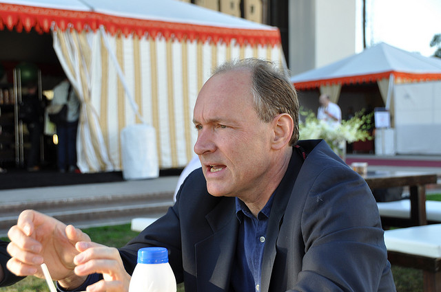 "Tim Berners-Lee tells UK that its latest snooping bill is ""destruction of human rights"""