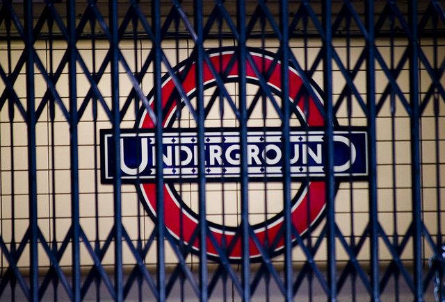 Google adds real-time service alerts for the London Underground to Google Maps