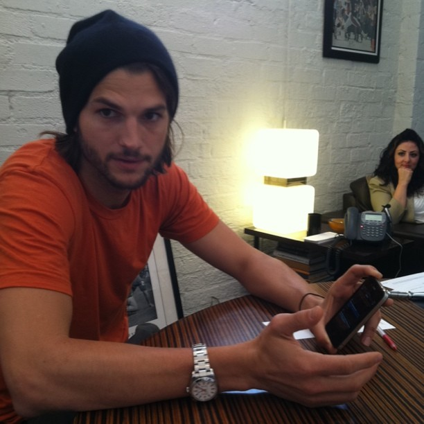 Ashton Kutcher reportedly set to play Steve Jobs in upcoming biopic [Confirmed]