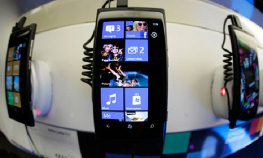 Nokia Lumia 800 smartphon 007 Androids image problem could mean huge success for Windows Phone