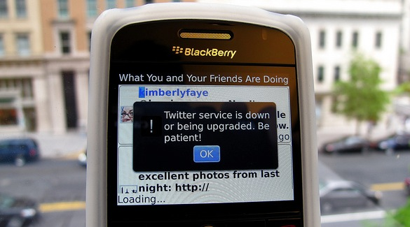 Twitter announces Promoted Tweet advertising and targeting for BlackBerry