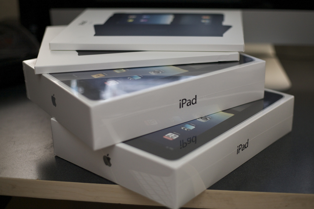 Apple launches the new iPad in nine more countries today, still no date for China
