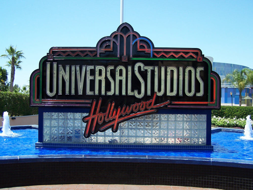 Movies from Universal Studios are now available on Apple's iCloud service