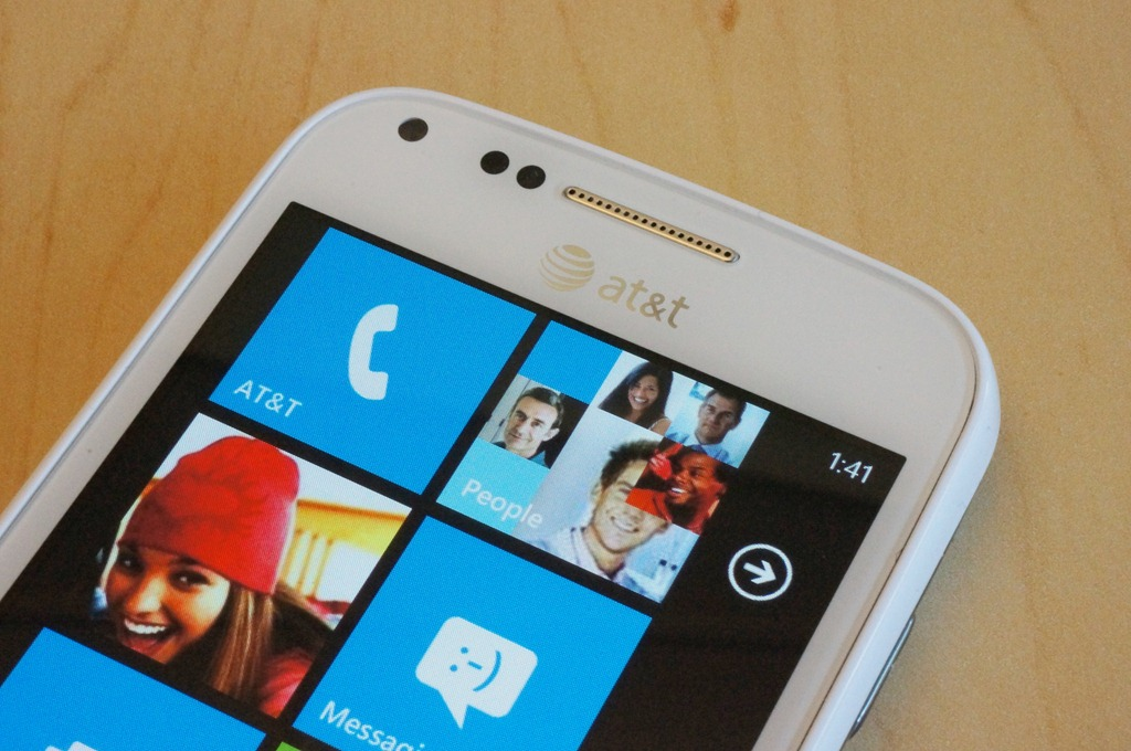 AT&T's 4G-enabled Samsung Focus 2 unveiled, offers 4-inch Super AMOLED display, 5MP camera ...