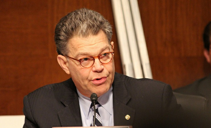 Sen. Franken slams Comcast for potentially anti-competitive behavior, demands improved oversight