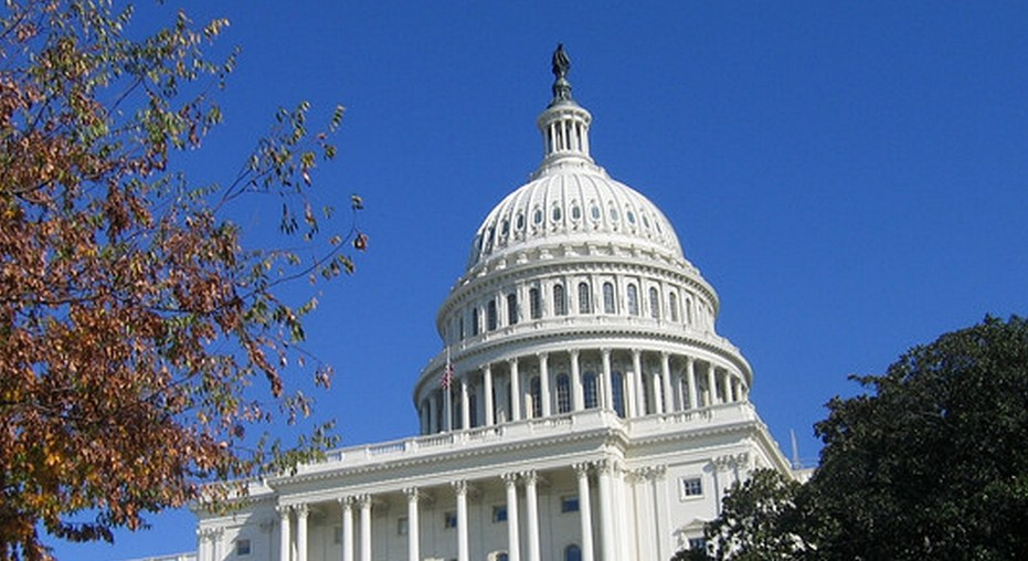 Leading Senate cyber-security bill attacked by privacy groups, calling the CISPA alternative into doubt ...